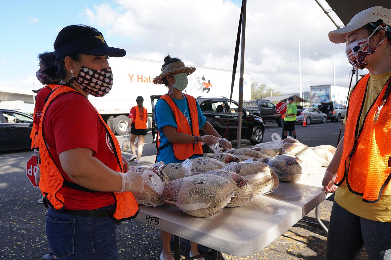 Great Aloha Run Food Distribution